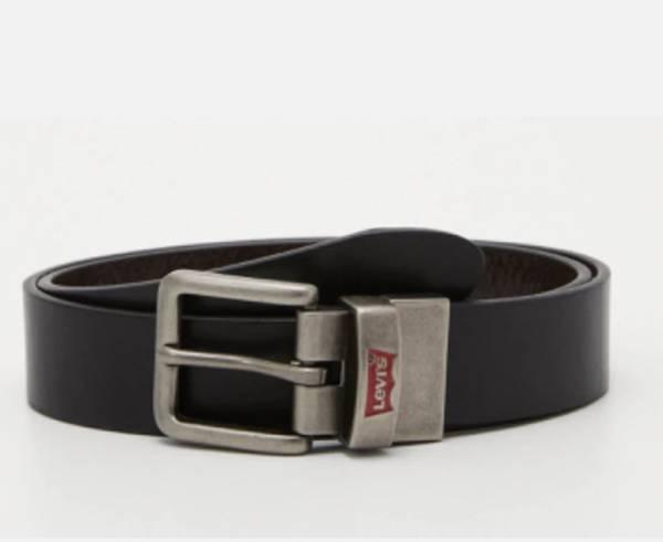 Bilde av Levis SKINN belte, batwing Buckle belt Sort/brun
